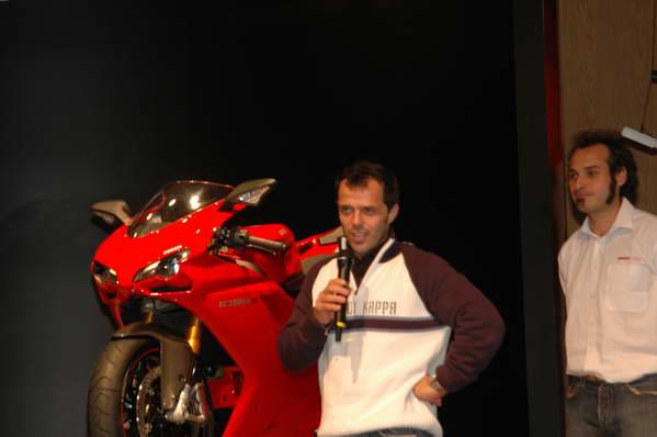 Loris und die Ducati 1098