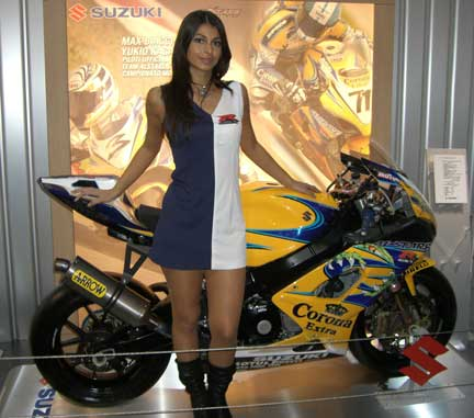 Eicma Girl (von motoblog.it)