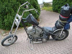 Sehr nackte Harley... (c) Osthessen-News
