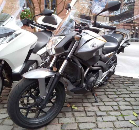 Ein richtiges Motorrad für unter €6000